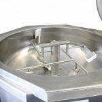 Máquina con sartén basculante interior para sector alimentación