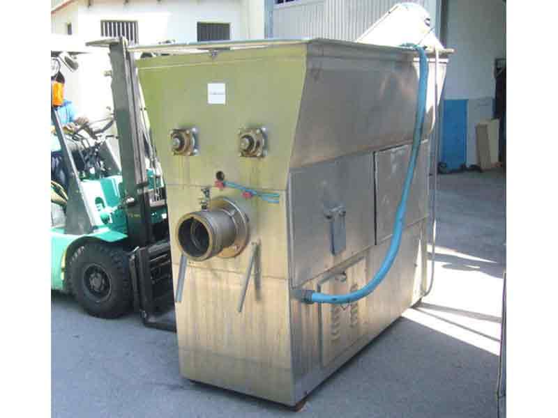 Máquina picadora con mezclador Velatti para sector alimentario