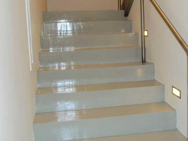 Venta e instalación de pavimento para escaleras en Gipuzkoa